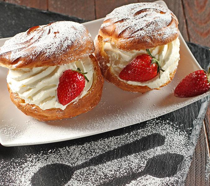 Bäckerei Der Beck Windbeutel mit Erdbeeren