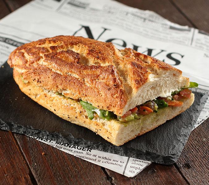 Bäckerei Der Beck Sansibar Beckuette Avocadocreme/Tomatensalsa